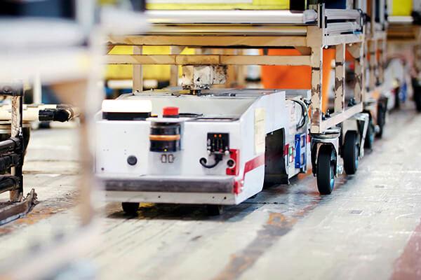 Baterias de iões de lítio do LEAF conhecem uma segunda vida nos transportadores robóticos das fábricas Nissan