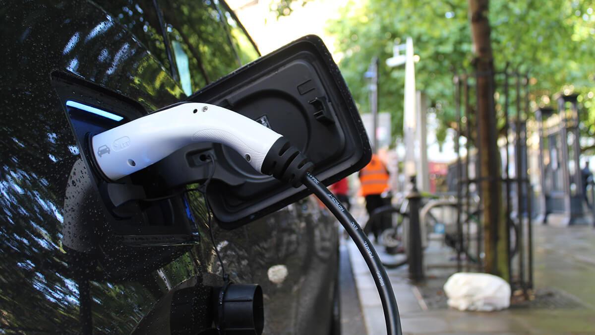 Serão os carros elétricos mais caros a longo prazo?