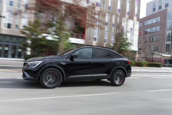 Renault mostra a força da condução elétrica